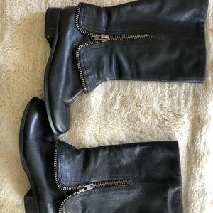 BCBG Generation Black leather boots